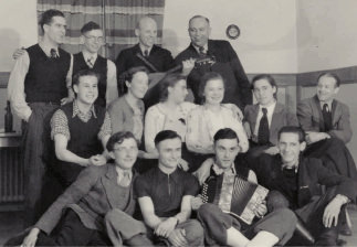 Employees 1939 - first foreign connections